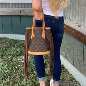 Handbags - Fringed LV Bucket Bag